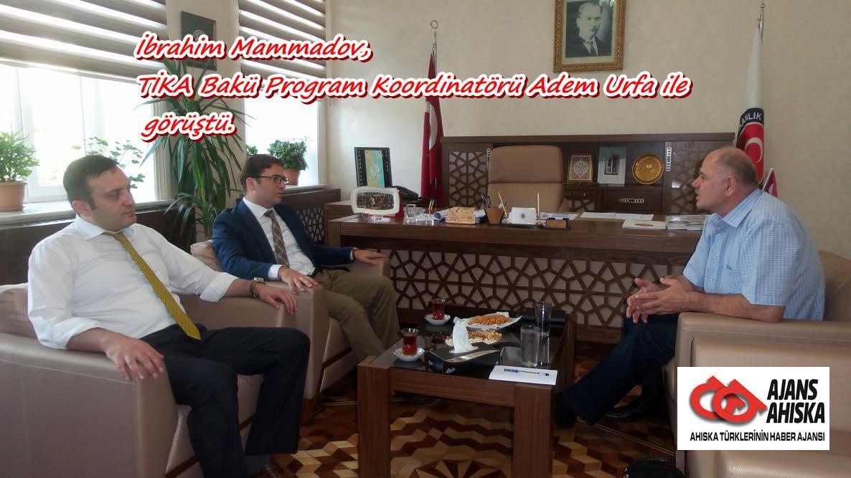 İbrahim Mammadov, TİKA Bakü Program Koordinatörü Adem Urfa ile görüştü.