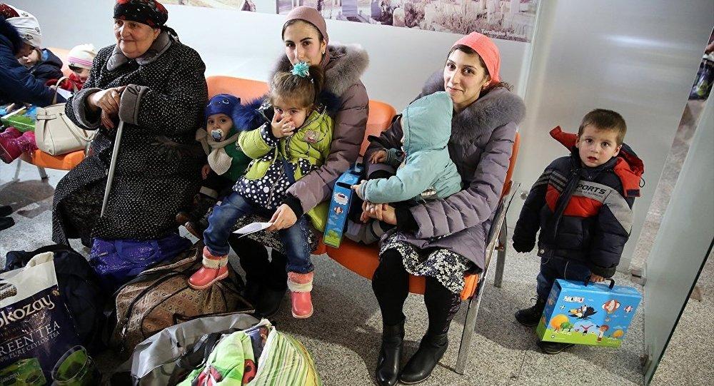 Ahıska Türklerinin 4. kafilesi Türkiye'ye geldi