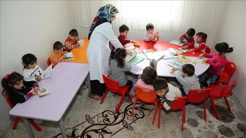 Müftülükten Ahıska Türkleri'nin çocuklarına kreş imkanı