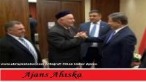 Davutoğlu, Ukraynada Ahıska Türklerinin temsilcilerini kabul etti