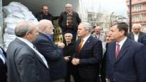 Bursa Büyükşehir Bel. Baş.Recep Altepe, Ahıska Türkleri Derneği'nin yardım programında birlik mesajı verdi.