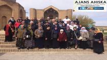 Kırgızistandaki Ahıskalılar Türkistanı, Ahmet Yesevi Hazretlerinin Kabrini Ziyaret Ettiler