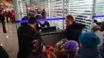 Ahıska Türkü  72 Aile Ahlata Yerleştiriliyor
