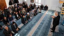Ukraynadan Yeni  Gelen Ahıska Türkleri Burada İlk Cuma Namazlarını Kıldı